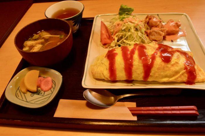 土佐茶カフェで食べたオムライスランチ