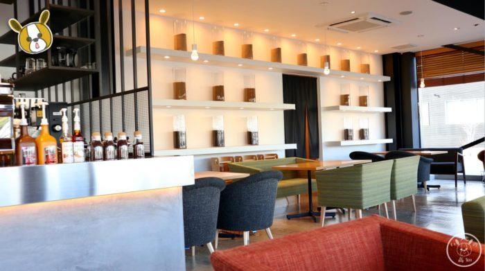 芋屋金次郎のカフェスペース